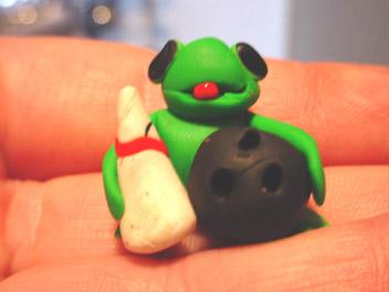 frogbowlingball.jpg